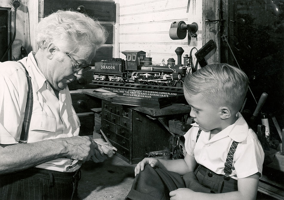 Mooney Warther 1955 with neighbor kid